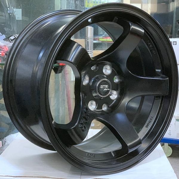 15INCH GTR alloy wheels  8holes