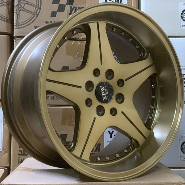 16 inch  wheel rims  replica alloy wheels  8 holes