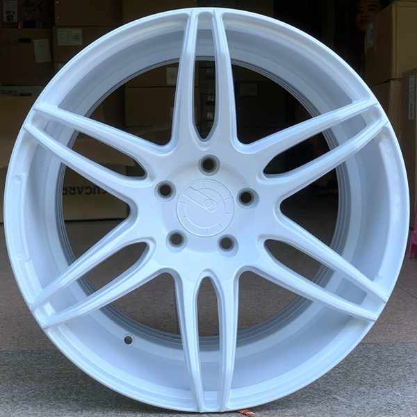 XPW durable size 18 rims OEM for vehicle