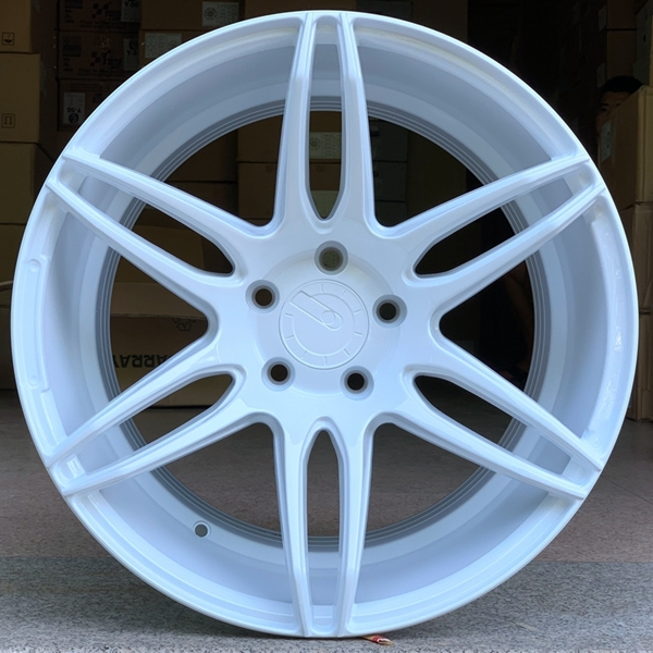 18inch white color alloy rims used for toyota 5holes car