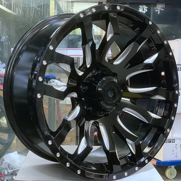 20inch  4*4  alloy wheels  can used for landcruiser car